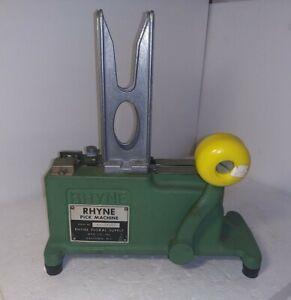 Rhyne Crimping Pick Machine