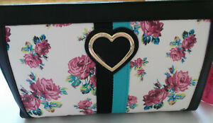 NEW BETSEY JOHNSON FLORAL CROSSBODY BAG