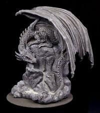 Nemesis Now Dragon Piscine Montagnes Débit retour encens Tour Brûleur Ornement
