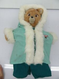 Original 1990 Vintage TEDDY RUXPIN Bear in Winter Adventure Outfit w/ 4 Tapes