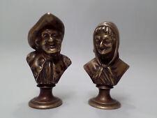 zwei Bronze Büsten Charaktere Ehepaar Skulptur Bronzefigur Mann & Frau