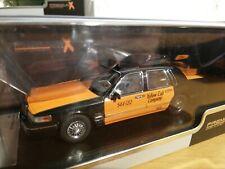 Lincoln Town Car 1996 Taxi (Orange / Schwarz) 1:43 PREMIUMX *OVP* (020)