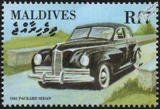 1941 PACKARD CLIPPER Sedan Mint Automobile Car Stamp (2000 Maldives)