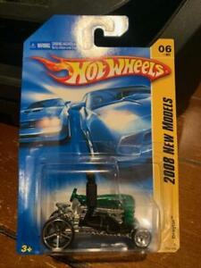 2008 Hot Wheels New Models Dragtor #6 Green