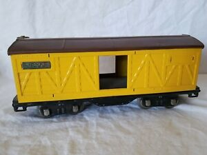 LIONEL PREWAR STANDARD GAUGE 514 BOXCAR - REPAINTED YELLOW with BROWN ROOF
