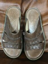 KEEN Cush Sandals ~ Sz 7 ~ Women's Brown Leather Slip On Slides