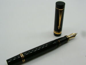 LARGE WORKING PARKER CENTENNIAL DUOFOLD 18K NIB  BLACK INK FOUNTAIN PEN 652