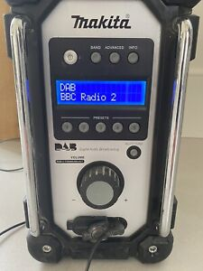 Makita DMR104 DAB Jobsite Radio