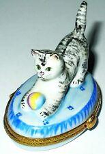 Limoges Box - Rochard - Playful Tabby Cat & Ball On Blue Rug - Kitten - Kitty