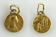 Médaille miniature ancienne en FIX, Notre-Dame de Lourdes Ø 8,5 mm
