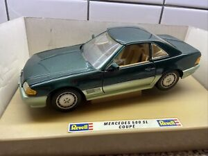 REVELL - MERCEDES BENZ 500 SL COUPE  - diecast model 1:18 scale