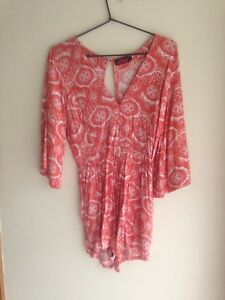 Motel Size Small Orange And White Summer Patterned Romper/playsuit, Like New