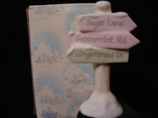 New ListingPrecious Moments Sugar Town-Street Sign-Retired 1997