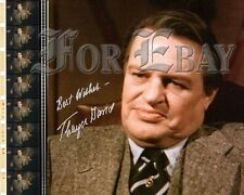 """Thayer David as """"Nero Wolfe"""" 8x10 with RP autograph Dark Shadows"""
