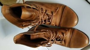 FOREVER 21 BROWN SHORT, ANKLE BOOTS WOMAN'S SIZE 9 Zapato size 9 forever 21
