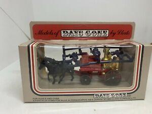 Lledo Days Gone #5 1983/84 Horse Drawn Fire Engine 'Chicago Fire Brigade'
