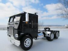 DCP 1/64 SCALE WHITE FREIGHTLINER CABOVER BLACK WITH BLACK FRAME