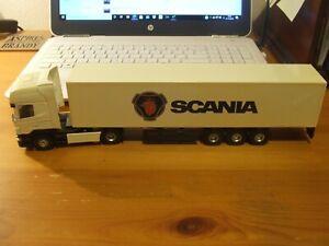 JOAL 385 Scania R Topline with Box Van, 1:50, Code 3?