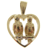 9 CARAT GOLD LOVE BIRDS CHARM.  LOVE BIRDS IN A HEART GOLD CHARM OR PENDANT