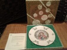 Vintage Royal Doulton annual Christmas Holiday Collectors Plate 1978 Holly Berry