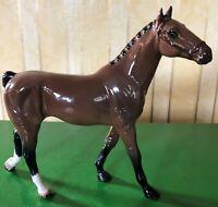 ROYAL DOULTON HORSE PONY HACKNEY MODEL No. DA 261 BROWN GLOSS PERFECT