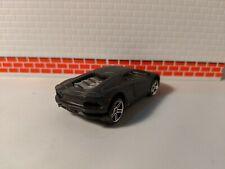 Lamborghini Aventador LP 700-4 Hot wheels Error badly riveted.