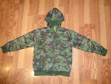 BOY'S NORTH FACE INSULATED JACKET HOOD GREEN CAMO POLYESTER POLYFILL EUC M 10-12
