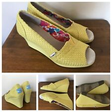TOMS Wedge Heels Yellow Braided Canvas Peep Toe Slip On Shoes Women's 8.5