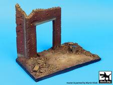 Blackdog Models 1/72 FACTORY ENTRANCE Resin Display Base