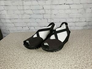 Skechers - Peep-Toe Sling Back Wedges - Parallel - Black - Size 9 M