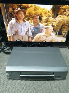E1088 GRUNDIG VCR VHS VIDEO PLAYER GV9110  WORKING NO REMOTE MADE IN UK