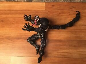 Venom Action Figure with Tail Marvel Legends 2008 Hasbro