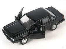BLITZ VERSAND VW Santana 1986 schwarz / black Welly Modell Auto 1:34 NEU & OVP