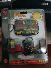 Cyber Gear Digital Camera with Faceplates up to 152 Pictures - FAST POST (B10)