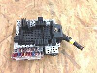 2003 volvo s60 trunk fuse relay box ( 08696098 ) 1999-2004