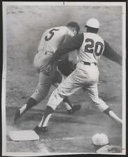 1968 Orig REDS Press Photo - Reds vs Phils