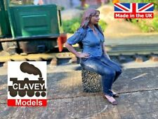 More details for 16mm sitting lucy hand painted garden railway people sm32 1:19 figure free p&p