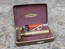 VINTAGE GILLETTE HEAVY GOLD TECH Safety Razor w/Case Box and blades 1939-1942