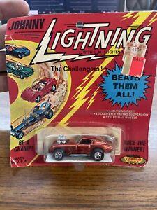TOPPER JOHNNY LIGHTNING ~ FRANTIC FERRARI Red Blister Pack On Card