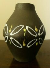 Trendy Maigon Daga vase - MCM - fully signed - hand decorated pattern