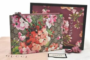 Authentic GUCCI GG Blooms PVC Leather Pouch Pink Brown Box E1495