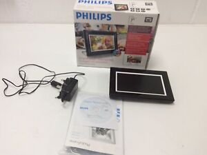 "Philips Photo Frame 7"" LCD 7FF3FPB Boxed Comes With Disc And Cable"