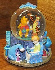 Disney's Winnie the Pooh Wonderland Music Collectors Musical Snow-Globe **READ**