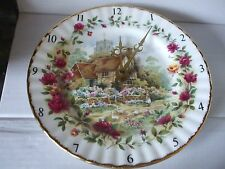 ROYAL ALBERT OLD COUNTRY ROSES COTTAGE PORCELAIN WALL CLOCK