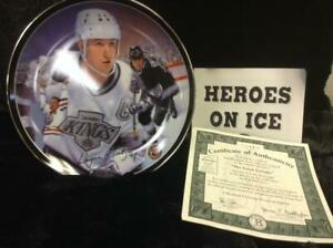 """Great Gretzky from the """"Heroes on Ice"""" plate series. MINT w/COA"""