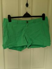 Ladies Green Maternity Shorts GAP Size 16 Ladies Great Condition
