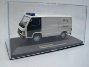 NQC Policia Altaya Guardia Civil Mercedes MB140 transporte celular - IXO 1/43