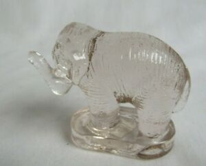 MOSSER GLASS SMALL CRYSTAL GLASS ELEPHANT WITH TRUNK UP