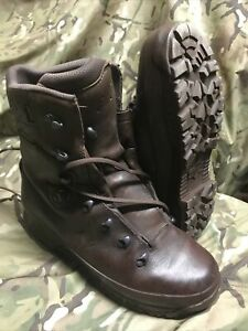Brown Cold Wet Weather Haix Goretex Boots!Excellent/hardly used!Size 9 Medium