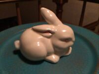 Vintage Off-white Ceramic Bunny Rabbit Cotton Ball Dispenser/Holder 80's Signed